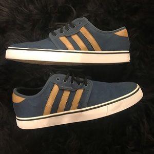 Men's Adidas Jean Blue Size: 9 1/2